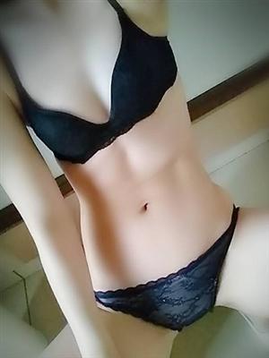 ここみ★色白美脚